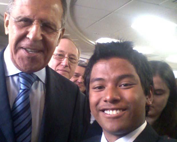 Lavrov selfie at MGIMO