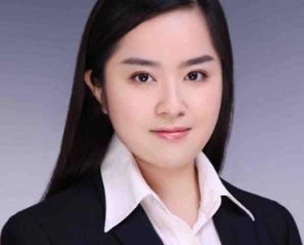 Alum Olivia Yuan